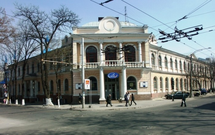 primaria-chisinau-restabilirea-blocului-i-al-liceului-gheorghe-asachi-estimat-la-6-milioane-euro-1370850629